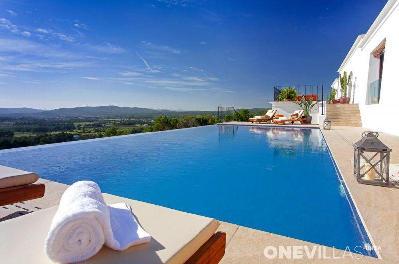 Villa Morna Valley | San Lorenzo