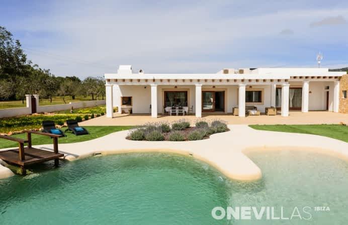 Luxe villa met bijzonder zwembad