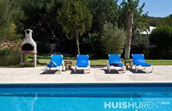 zwembad bij villa can lago