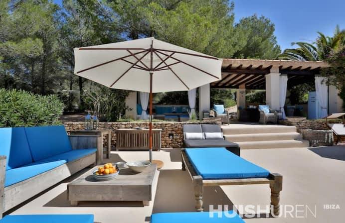 Loungebanken met parasol